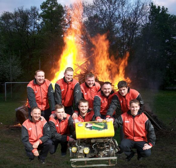 2012WKGruppeMaifeuer